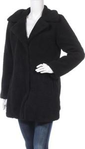 Czarny płaszcz STUDIO w stylu casual