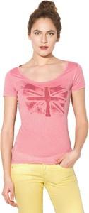 Różowy t-shirt Pepe Jeans w młodzieżowym stylu