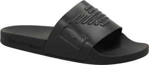 Czarne klapki Emporio Armani w stylu casual