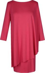 Czerwona sukienka Fokus midi w stylu casual z dzianiny