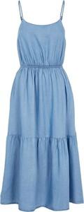 Niebieska sukienka Pieces