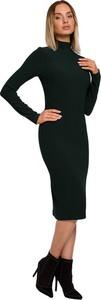 Czarna sukienka MOE z dzianiny dopasowana z długim rękawem
