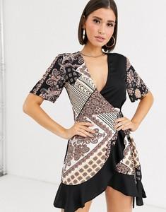 Sukienka Missguided mini z dekoltem w kształcie litery v z krótkim rękawem