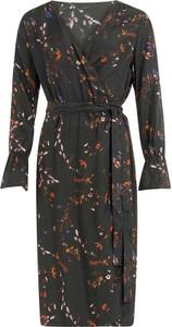 Sukienka Coster Copenhagen w stylu casual midi z długim rękawem