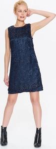 Granatowa sukienka Top Secret z okrągłym dekoltem mini trapezowa