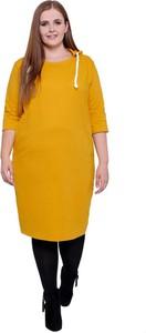 Sukienka modneduzerozmiary.pl z okrągłym dekoltem z dresówki z długim rękawem