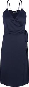 Sukienka NA-KD w stylu casual mini na ramiączkach