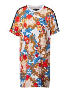 Sukienka Adidas Originals z bawełny z okrągłym dekoltem koszulowa