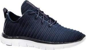 Buty sportowe Skechers z płaską podeszwą flex w sportowym stylu