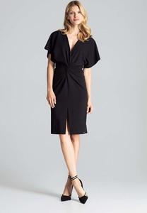 Sukienka Figl z dekoltem w kształcie litery v z krótkim rękawem