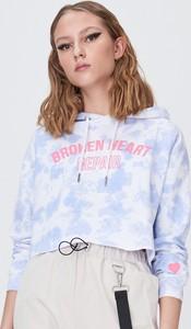 Niebieska bluza Sinsay krótka