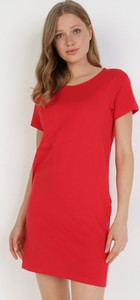 Czerwona sukienka born2be mini prosta