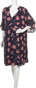 Niebieska sukienka Downeast mini z dekoltem w kształcie litery v
