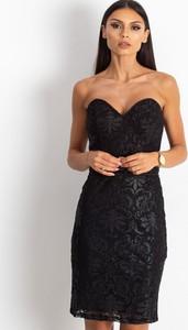 Czarna sukienka Sheandher.pl mini bez rękawów z dekoltem w kształcie litery v