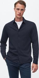 Granatowa koszula Reserved z długim rękawem z klasycznym kołnierzykiem