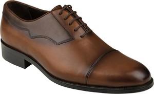 Brązowe buty Lavard sznurowane