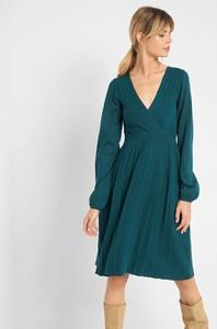 Sukienka ORSAY z długim rękawem midi