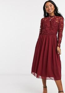 Czerwona sukienka Chi Chi London Petite mini