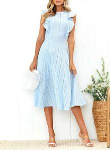 Niebieska sukienka Sandbella z okrągłym dekoltem bez rękawów