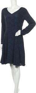 Niebieska sukienka Pepe Jeans z długim rękawem w stylu casual z dekoltem w kształcie litery v