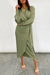 Sukienka IVET w stylu casual z długim rękawem midi