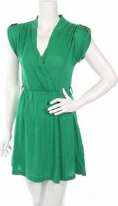 Zielona sukienka Solange mini z dekoltem w kształcie litery v