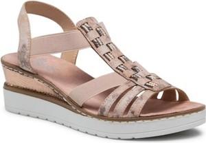 Różowe sandały Rieker w stylu casual z klamrami