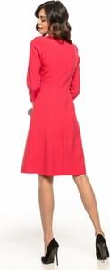 Różowa sukienka Tessita z tkaniny