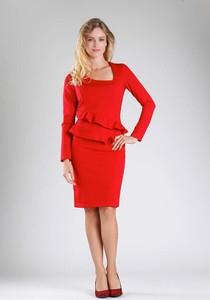 Czerwona sukienka Nommo z długim rękawem midi baskinka