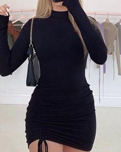 Czarna sukienka Kendallme mini z golfem w stylu casual