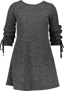 Sukienka SUBLEVEL z okrągłym dekoltem z długim rękawem w stylu casual