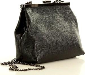 Czarna torebka MAZZINI na ramię w stylu glamour