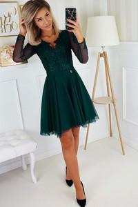Zielona sukienka N/A z tiulu rozkloszowana z długim rękawem