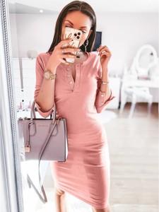 Różowa sukienka magmac.pl z długim rękawem z dekoltem w kształcie litery v mini