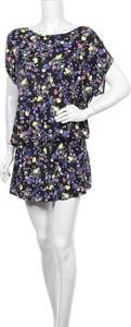 Sukienka Lovable z krótkim rękawem z okrągłym dekoltem mini