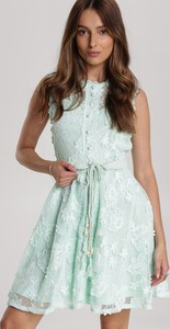 Sukienka Renee bez rękawów w stylu casual mini
