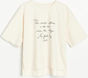 T-shirt Reserved z krótkim rękawem z bawełny w młodzieżowym stylu