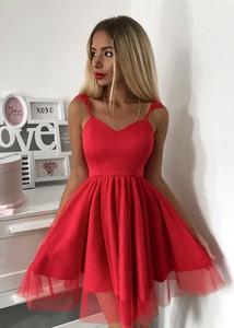 8157dba920 Czerwona sukienka Tenezito.com.pl mini z tiulu rozkloszowana