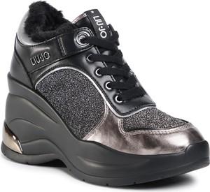 Czarne buty sportowe eobuwie.pl na platformie revolution