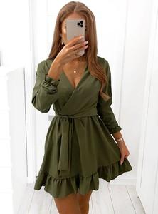 Zielona sukienka Pakuten mini z długim rękawem