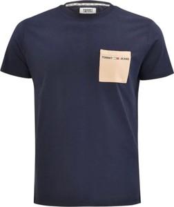 Niebieski t-shirt Tommy Hilfiger z bawełny w stylu casual z krótkim rękawem