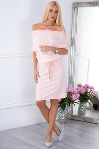 Różowa sukienka Fasardi w stylu casual hiszpanka