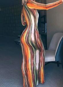 Sukienka Sandbella z długim rękawem bodycon