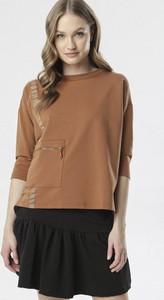 Brązowa bluzka born2be w stylu casual z długim rękawem z okrągłym dekoltem