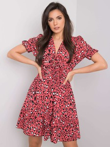 Czerwona sukienka Sheandher.pl mini z krótkim rękawem z dekoltem w kształcie litery v