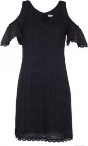 Sukienka VISSAVI oversize mini z dekoltem w kształcie litery v