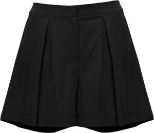 Czarne szorty Makover z tkaniny