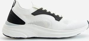 Reserved - Sneakersy w sportowym stylu - Biały
