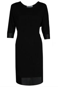 Czarna sukienka Fokus ze skóry midi