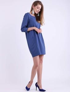 Sukienka Nommo mini z okrągłym dekoltem oversize